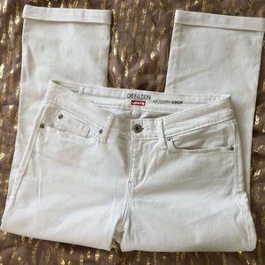 Denizen from Levi's Modern Crop Jeans